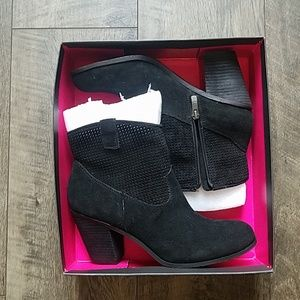 """New! Vince Camuto ankle boots """"Holden"""""""
